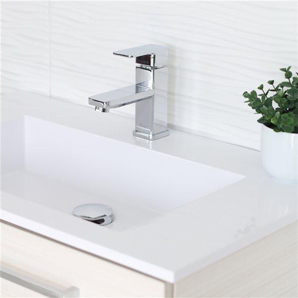 Robinet pour lavabo de salle de bain chrome  à 1 poignée Alix par Stylish avec plaque de finition