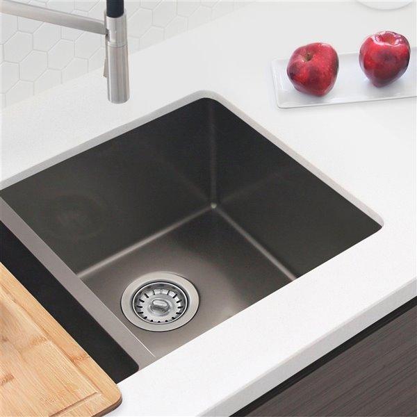 Évier de cuisine encastré en acier inoxydable à cuve de 32 po, graphite