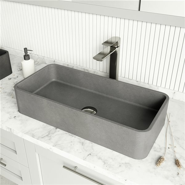 Ensemble de lavabo de salle de bain en pierre et robinet en nickel brossé Concreto Stone de Vigo (13,75 po x 23,63 po)