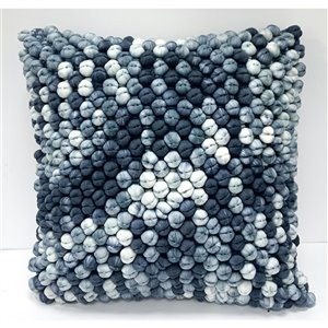 Honolulu Home Fashions Bandon 18-in W X 18-in L Square Indoor Decorative Pillow