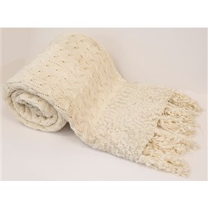 Honolulu Home Fashions Peniche Ivory Polyester Throw