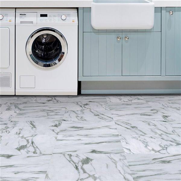 Carrelage en vinyle autocollant Opaline par FloorPops, 12 po x 12 po, blanc, 10 pièces