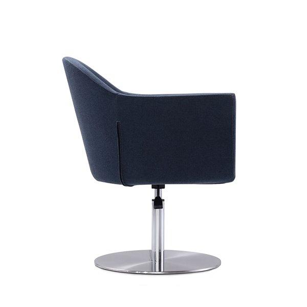 Chaise pivotante moderne Voyager bleu fumé et métal brossé de Manhattan Comfort