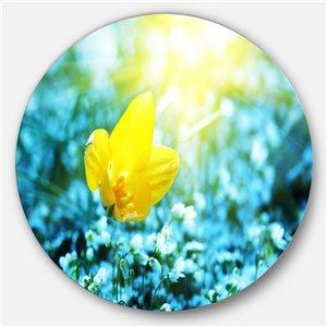 DesignArt 23-in x 23-in Beautiful Yellow Spring Flower Floral Metal Circle Wall Art