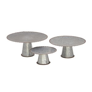 Grayson Lane Set of 3 9-in, 13-in, 15-in Grey Farmhouse Cake Stand - Metal