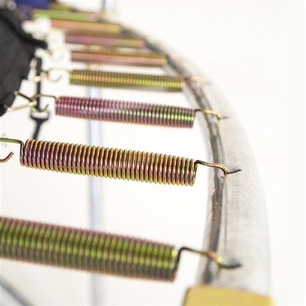Trampoline mauve et ovale de 15 pi pour arrière-cour par Skywalker Trampolines, enceinte incluse