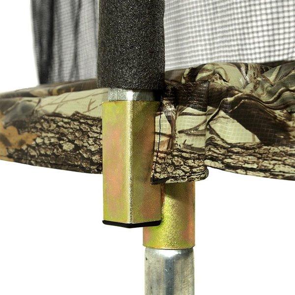 Trampoline ronde à motif camouflage de 12 pi pour arrière-cour par Skywalker Trampolines, enceinte incluse
