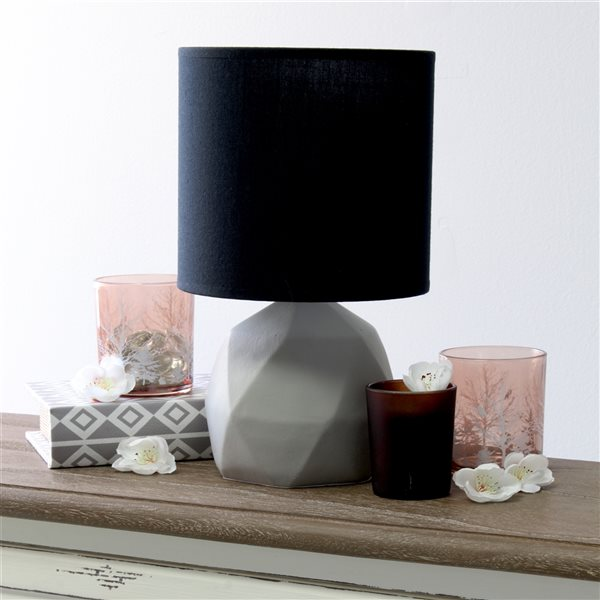 Simple Designs 10.6-in Incandescent On/Off Switch Standard Table Lamp with Black Fabric Shade