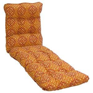 Coussin beige pour chaise longue de patio par Bozanto Inc.