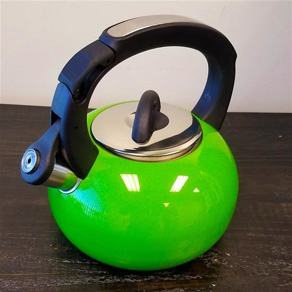 Mr. Coffee Piper Shine Green 8.45-Cup Cordless Stovetop Kettle