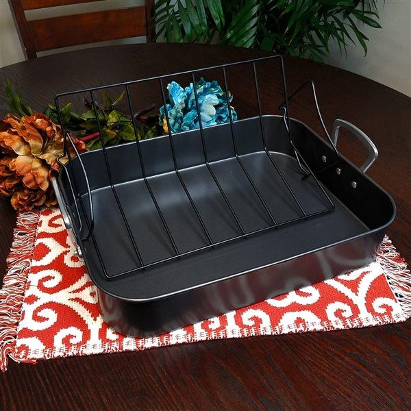 Gibson Home 2-piece Broxton Turkey Roaster Aluminum Cookware Set