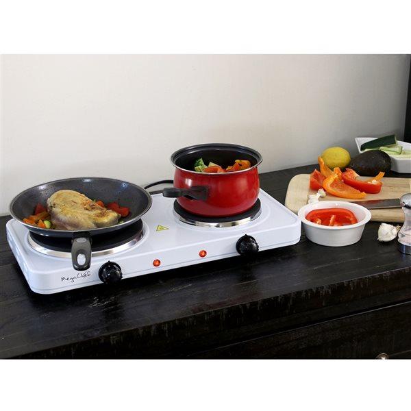 Plaque de cuisson électrique portative blanche à deux brûleurs, à surface lisse (radiant) de Megachef, 20 po