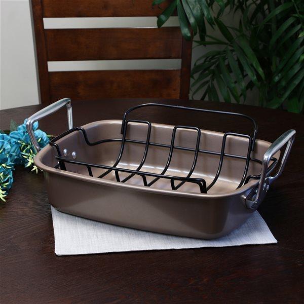 Gibson Home 1-piece Harvest Roaster 15-in Aluminum Baking Pan