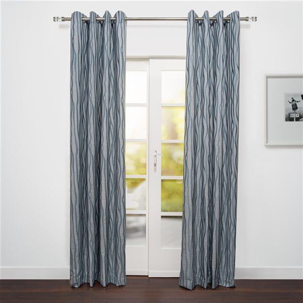 Panneau de rideau filtrant simple Rialto par Starlite argent de 95 po en polyester