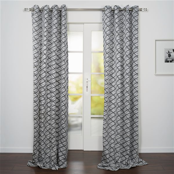 Starlite Lugano 95-in Black and White Polyester Light Filtering Single Curtain Panel