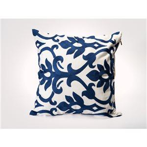 Starlite Myne Indoor 20-in x 20-in Decorative Pillow