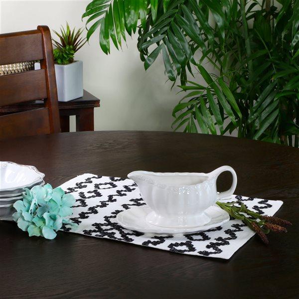 Gibson Home Café Posh Ceramic 15-oz Gravy Boat With Saucer in White - 2-Piece Set