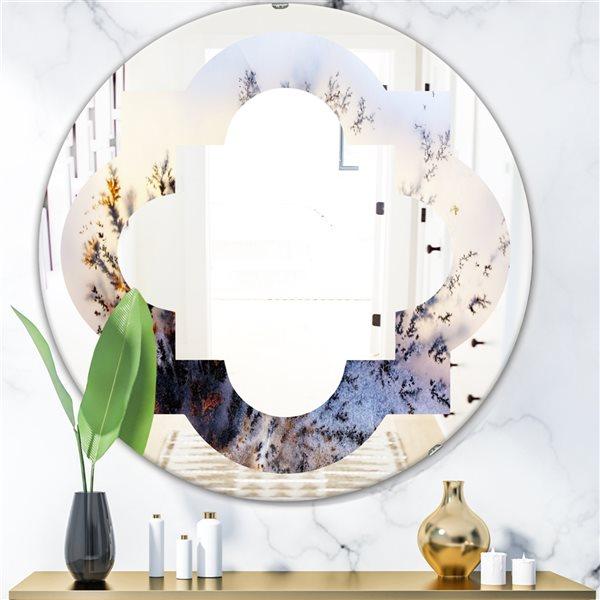 DesignArt 24-in x 24-in Khazakstan Dendrite Crystals Macro Purple Round Polished Wall Mirror