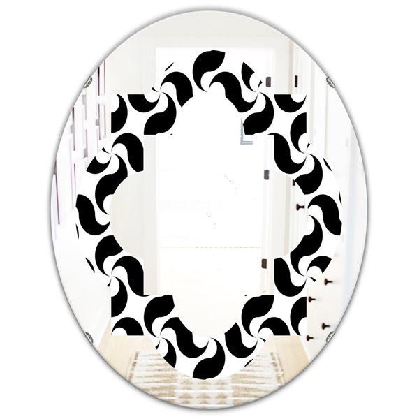 DesignArt 31.5-in x 23.7-in Monochrome Geometric Pattern IV Modern Oval Wall Mirror