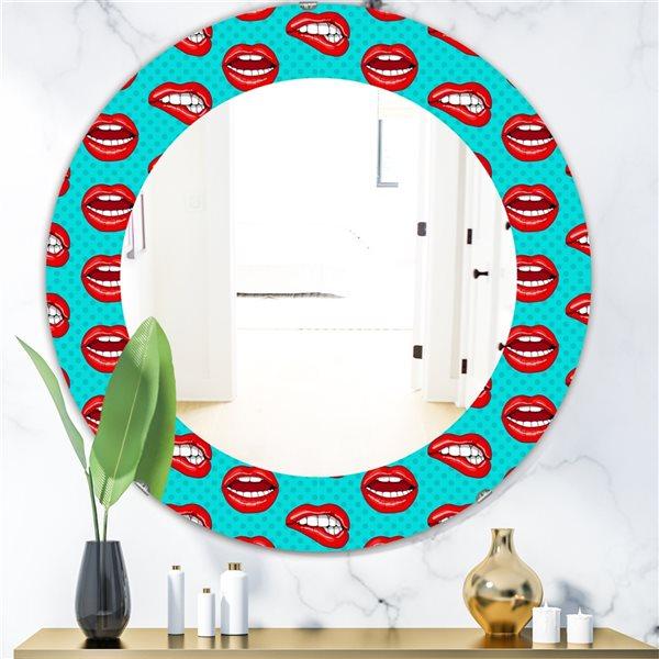 DesignArt 24-in x 24-in Hot Lips Modern Mirror