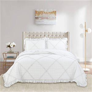Marina Decoration White Ruffle Full/Queen Quilt Set - 3-Piece